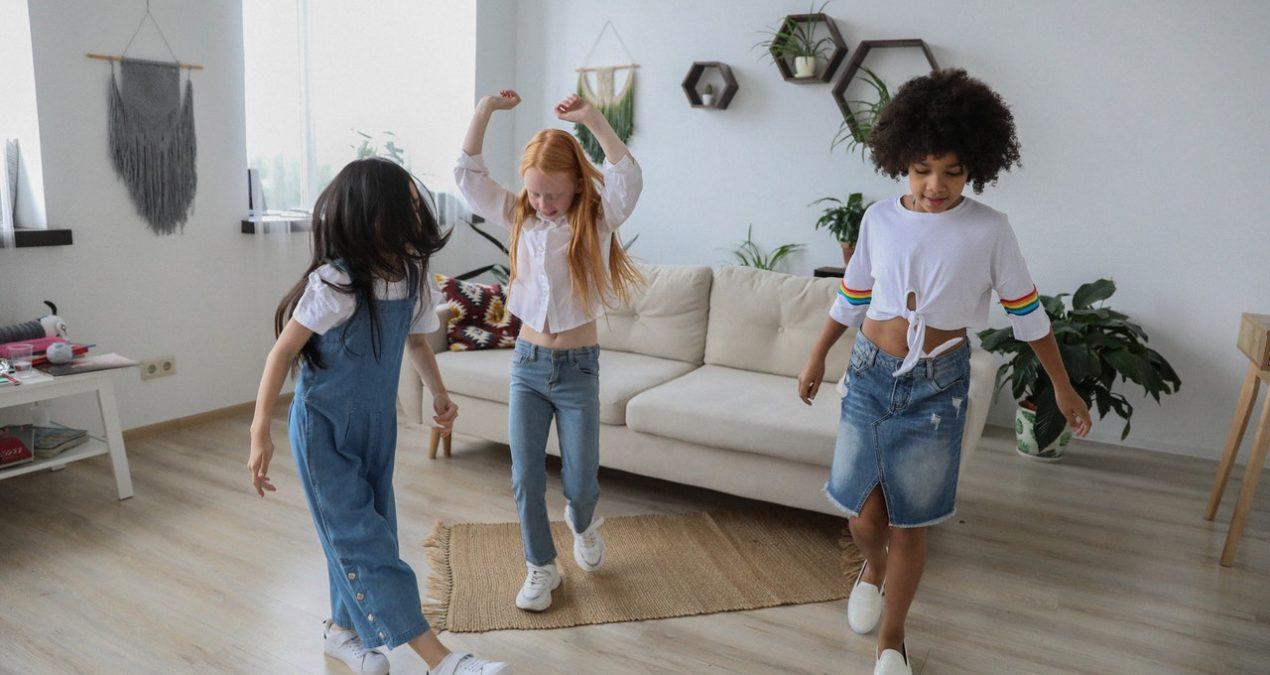 Tendance 2020 : Quels vêtements choisir pour sa fille ?
